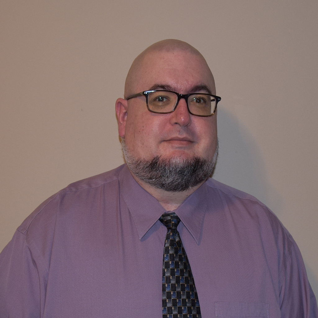 Headshot of Aaron Gluck