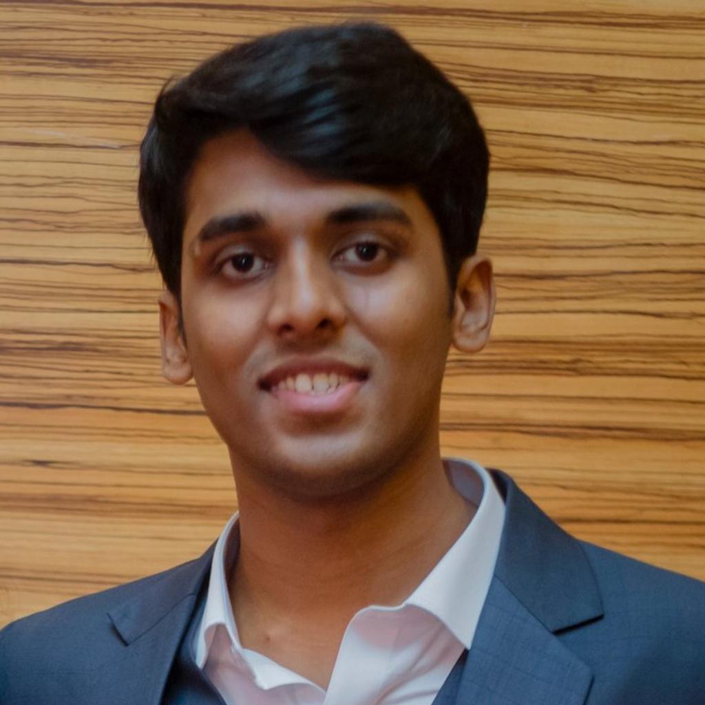 Headshot of Uday Srivastav